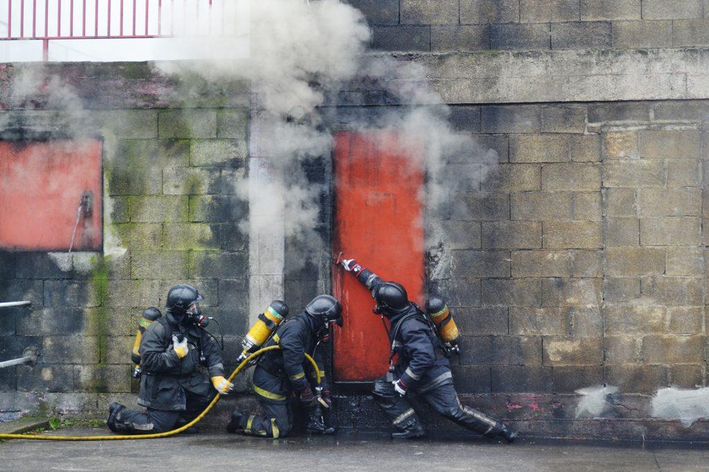 Extinción de incendios y salvamento